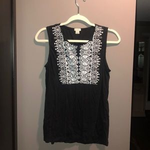 Cute black and white jcrew sleeveless top